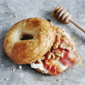 Bagel Geitenkaas Bacon